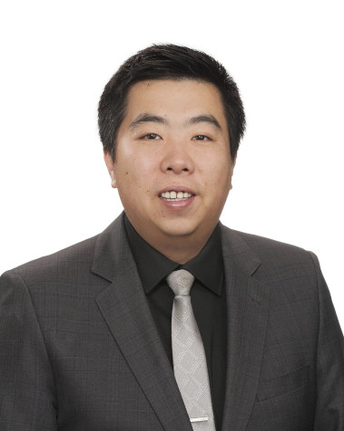 Travis Yun : Financial Service Manager